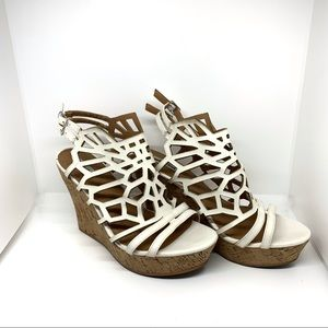 Like New Not Rated Laser cut-out Wedges AA